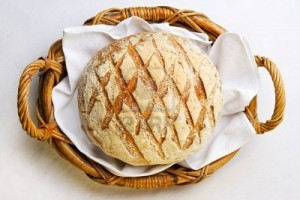 rustic-bread-in-the-bakery-basket-with-napkin