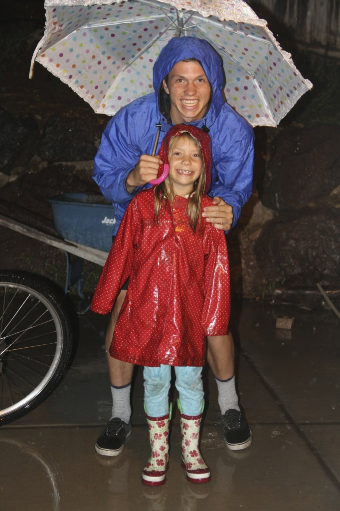 Nate and Anna in rain