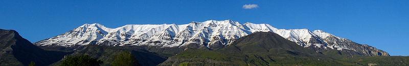 800px-Mount_Timpanogos_7_June_2011