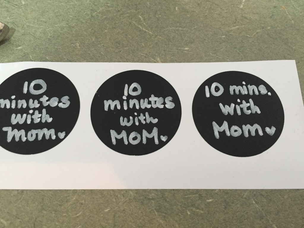 10 minutes with Mom tag stickers