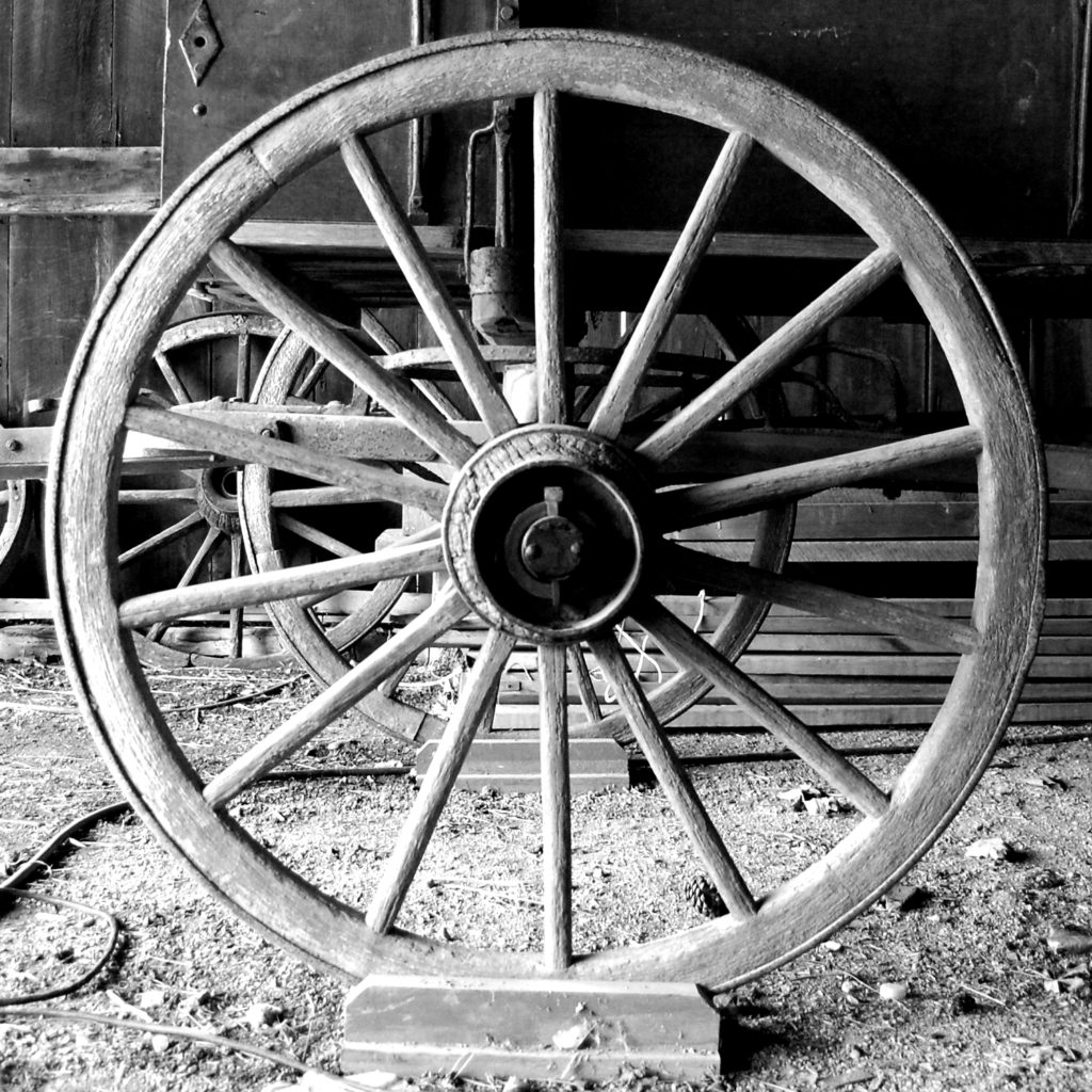 pioneer wagon wheel hub